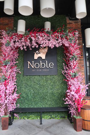 Foto 7 - Interior di Noble by Zab Thai oleh thehandsofcuisine