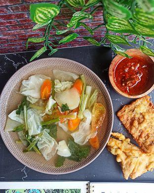 Foto 1 - Makanan di Warteg Gang Mangga oleh Junior