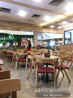 Foto 7 - Interior di Gyu Katsu Nikaido oleh a bogus foodie