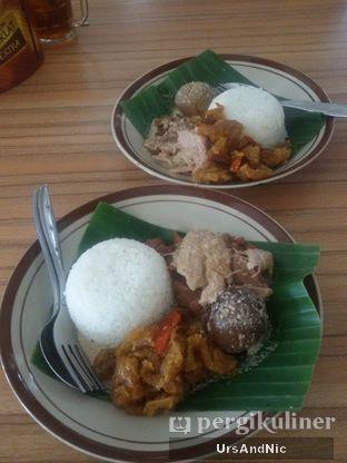 Foto 2 - Makanan(Nasi gudeg) di RM Adem Ayem oleh UrsAndNic