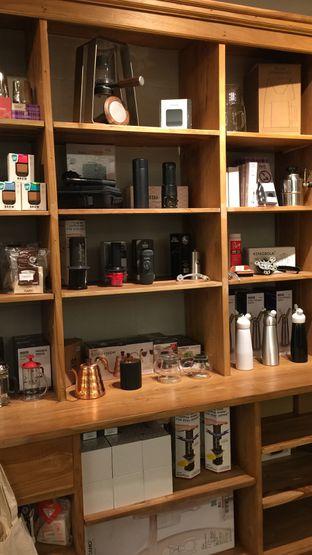 Foto 4 - Interior di Sajiva Coffee Company oleh Ardelia I. Gunawan