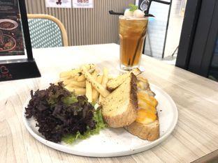 Foto 1 - Makanan di Bakerzin oleh @yoliechan_lie