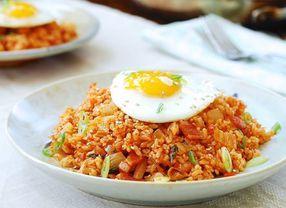 5 Makanan Korea dengan Campuran Kimchi Ini Rasanya Unik Loh