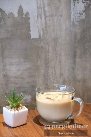 Foto 6 - Interior di Chill Bill Coffees & Platters oleh Darsehsri Handayani