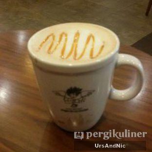 Foto 2 - Makanan(Caramel Machiato) di Angel In Us Coffee oleh UrsAndNic
