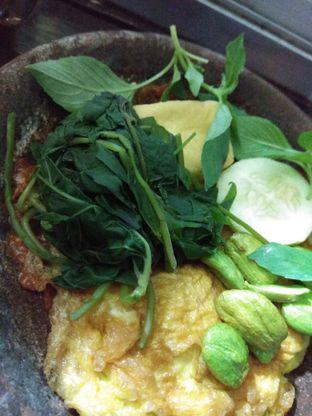 Foto 2 - Makanan di Warung Sumber Barokah oleh Tia Oktavia