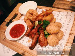 Foto 2 - Makanan(Magnum Platter) di Magnum Cafe oleh Chacha Afrilia