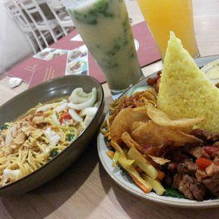 Foto 1 - Makanan di Selera Meneer oleh IG:  ReeMeyna
