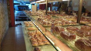 Foto 5 - Interior di Loti Loti Bakery oleh Review Dika & Opik (@go2dika)