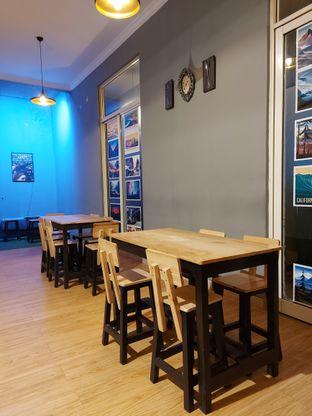 Foto 4 - Interior di Waltters Coffee oleh Mouthgasm.jkt