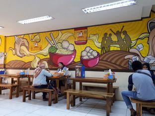 Foto 4 - Interior di Bakso & Ayam Geprek Sewot oleh Velia