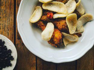 Foto 1 - Makanan(Balachan Fried Chicken) di Kopi Kitchen oleh Raka Pradipta