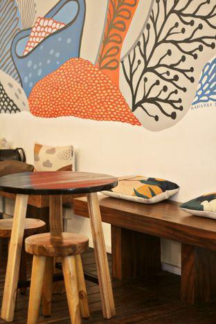 Foto 5 - Interior di Tuang Coffee oleh thehandsofcuisine