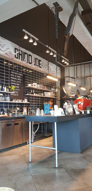 Foto 5 - Interior di GrindJoe Coffee - Moxy Hotel oleh Widya WeDe   My Youtube: widya wede