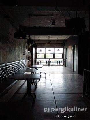 Foto 6 - Interior di Beranda Depok Cafe & Resto oleh Gregorius Bayu Aji Wibisono