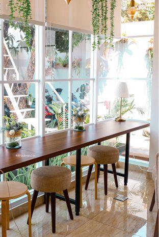 Foto 12 - Interior di Caffeine Suite oleh Indra Mulia