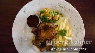 Foto 4 - Makanan di Cyrano Cafe oleh Jakartarandomeats