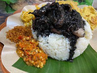 Foto review Nasi Cumi Hitam Madura Pak Kris oleh Yohanacandra (@kulinerkapandiet) 11