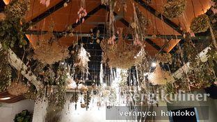 Foto 1 - Interior(Dried Flowers) di Cups Coffee & Kitchen oleh Veranyca Handoko