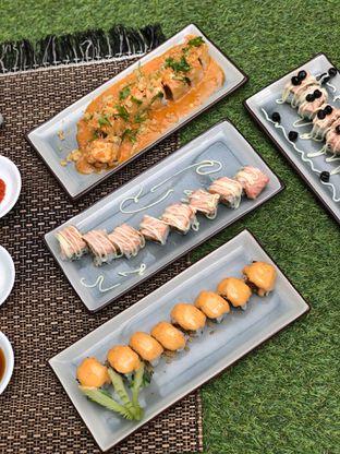 Foto 2 - Makanan di Baiza Sushi oleh feedthecat