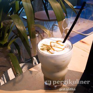 Foto 1 - Makanan(Ice Green Tea Salted Caramel) di Threelogy Coffee oleh Prita Hayuning Dias