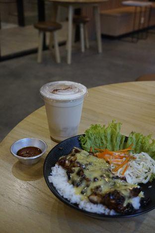Foto 5 - Makanan di Honey Beans Coffee & Roastery oleh yudistira ishak abrar