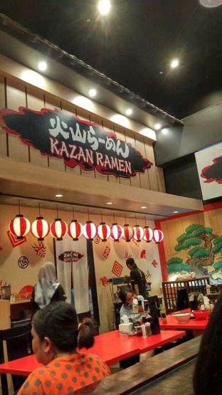 Foto 5 - Interior di Kazan Ramen oleh abigail lin