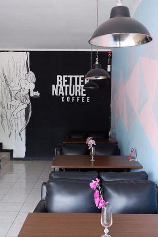 Foto 12 - Interior di Better Nature Coffee oleh yudistira ishak abrar