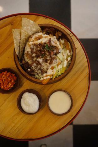 Foto 6 - Makanan di Emado's Shawarma oleh yudistira ishak abrar