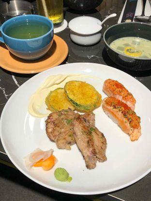 Foto 1 - Makanan di Gion Japanese Grill & Chill oleh Nyayu Ista Yulita