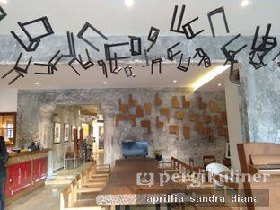 Foto 9 - Interior di Artivator Cafe oleh Diana Sandra