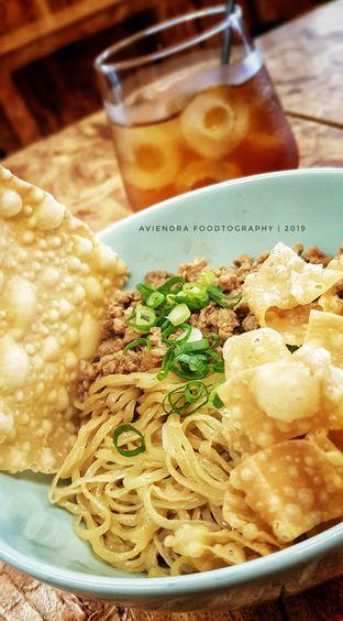 Foto 1 - Makanan(Bakmi Ayam Kampung) di Kedai BuruBuru Bakmi dan Kopi oleh Avien Aryanti