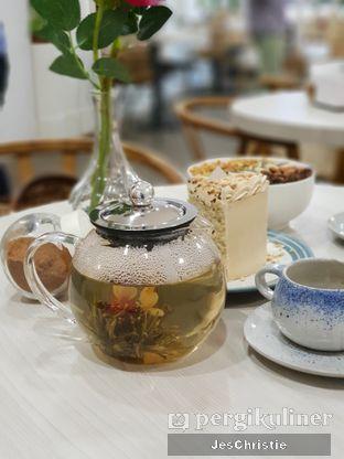 Foto 4 - Makanan(Blooming Tea) di Ignasia's Cake Me Away oleh JC Wen