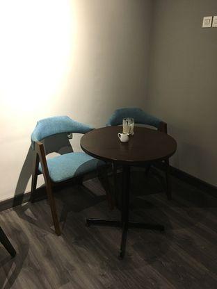 Foto 21 - Interior di Dopamine Coffee & Tea oleh Prido ZH