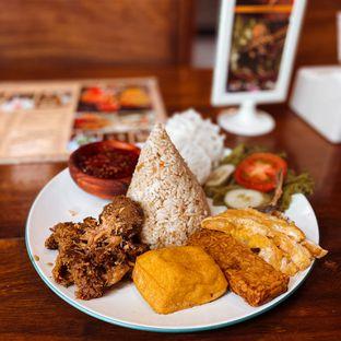 Foto 1 - Makanan di Pojok Nasi Goang oleh Riani Rin