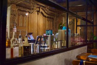 Foto 5 - Interior di Kanay Coffee & Culture oleh Fadhlur Rohman