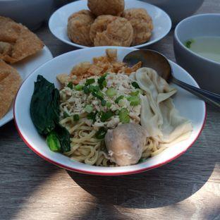 Foto 7 - Makanan di Bakmie Tjap Ayam oleh Chris Chan