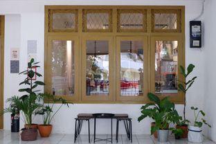 Foto 13 - Interior di Saksama Coffee oleh yudistira ishak abrar