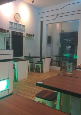 Foto 5 - Interior di Lab Cafe oleh Renodaneswara @caesarinodswr