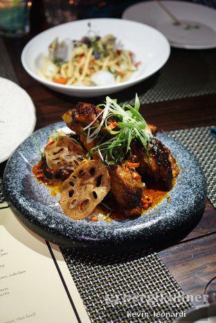 Foto 3 - Makanan(Grilled Pork Ribs) di Skye oleh Kevin Leonardi @makancengli