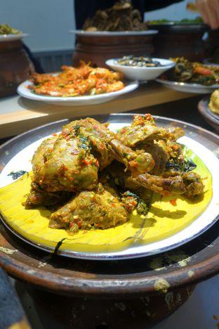 Foto 6 - Makanan di Nasi Kapau Juragan oleh inggie @makandll