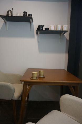 Foto 3 - Interior di Simetri Coffee Roasters oleh yudistira ishak abrar