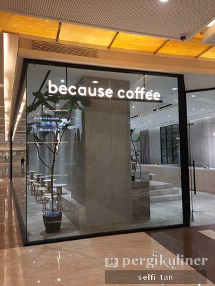 Foto 6 - Interior di Harlan + Holden Because Coffee oleh Selfi Tan