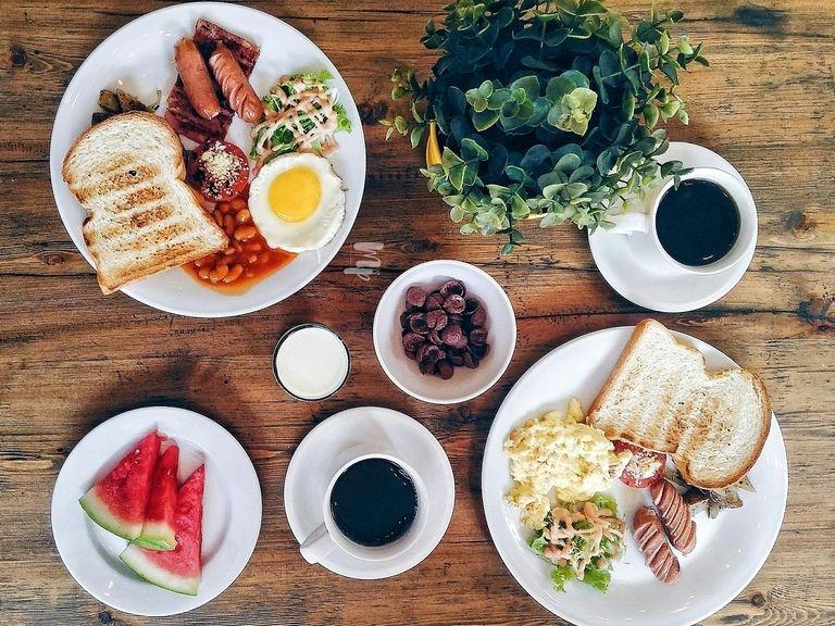 6 Cafe Mahal Di Bandung Yang Banyak Dicari Orang Pergikuliner Com