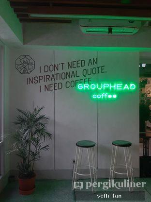 Foto 5 - Interior di Grouphead Coffee oleh Selfi Tan