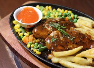 7 Tempat Makan Enak dan Murah di Pasar Minggu