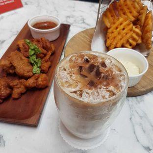 Foto 1 - Makanan di Pish & Posh Cafe oleh vio kal