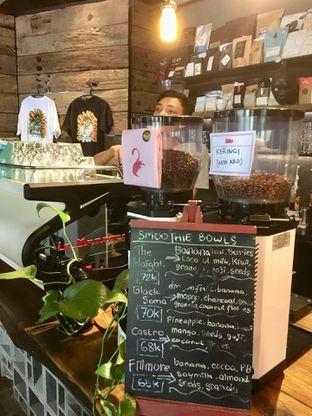 Foto 12 - Interior di Fillmore Coffee oleh Prido ZH
