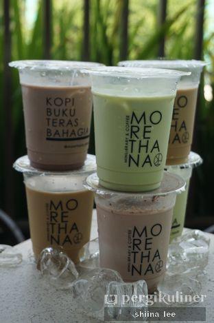 Foto 4 - Makanan di Morethana Minilib & Coffee oleh Jessica | IG:  @snapfoodjourney