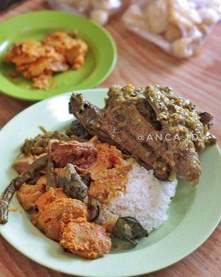 Foto 1 - Makanan di RM Bukit Tinggi oleh Anca  Syah
